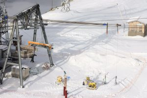 Cable car track rope rigging, Alpe d'Huez (France)